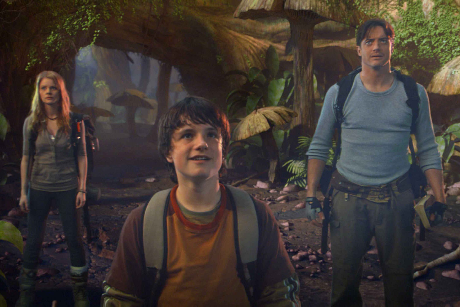 (left to right) Anita Briem stars as ÒHannahÓ, Josh Hutcherson stars as ÒSeanÓ and Brendan Fraser stars as ÒTrevorÓ in New Line CinemaÕs release of Eric BrevigÕs JOURNEY TO THE CENTER OF THE EARTH. PHOTOGRAPHS TO BE USED SOLELY FOR ADVERTISING, PROMOTION, PUBLICITY OR REVIEWS OF THIS SPECIFIC MOTION PICTURE AND TO REMAIN THE PROPERTY OF THE STUDIO. NOT FOR SALE OR REDISTRIBUTION.