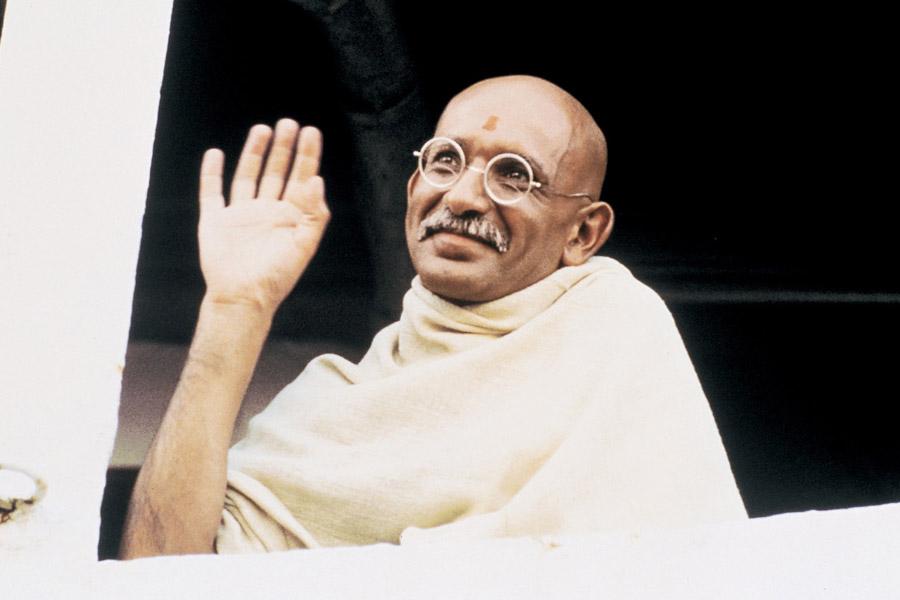 90 edición de los Premios Oscar. Gandhi